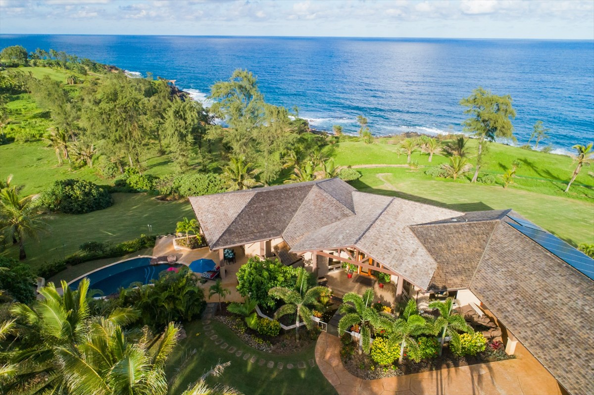Oceanfront Kauai house